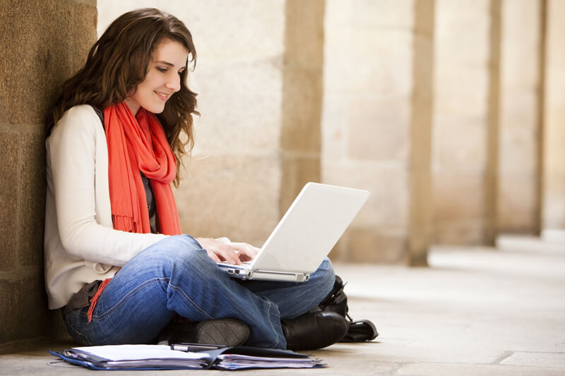 Expository and Argumentative Essay Differences